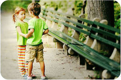 Cute Kids Wallpapers Free Download Valentine Kisses Amp Hugs Let S Be In Love Forever