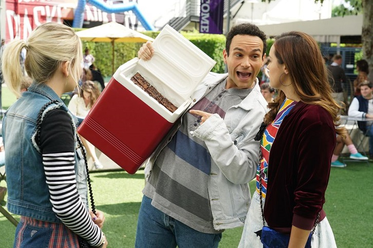 The Goldbergs - Episode 7.05 - Parents Thursday - Promotional Photos + Press Release