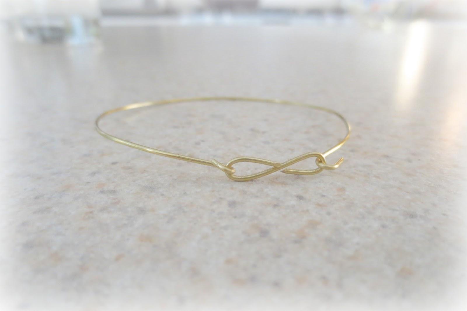 Style Generis: DIY: Dainty Infinity Wire Bangle