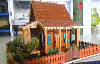 Rumah kebaya adalah rumah adat betawi