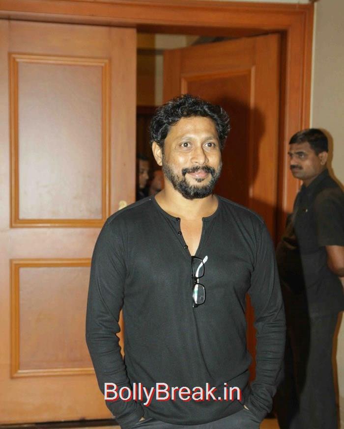 Shoojit Sircar, Deepika Padukone in Jeans & Top at Piku movie Press Conference