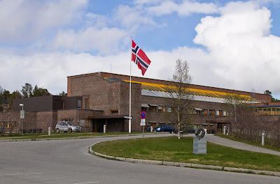 Północny Punkt Widzenia: Niech się święci 17. maja. Obchody Dnia Konstytucji w Norwegii