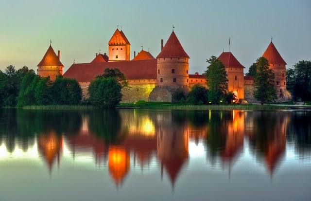 Kastil Pulau Trakai, Lithuania