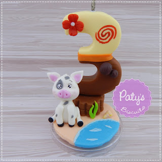 Vela decorada Moana - Topo de bolo para festa infantil - Paty's Biscuit