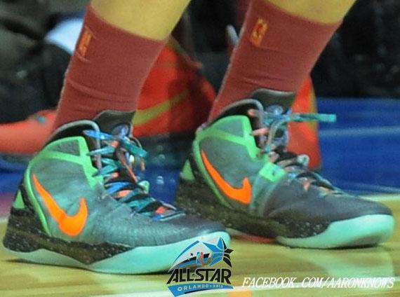 2191e3b8077 Nike Zoom Hyperdunk 2011  Galaxy  for Blake Griffin. Nike Air Max Hyperdunk  2011 for LaMarcus Aldridge