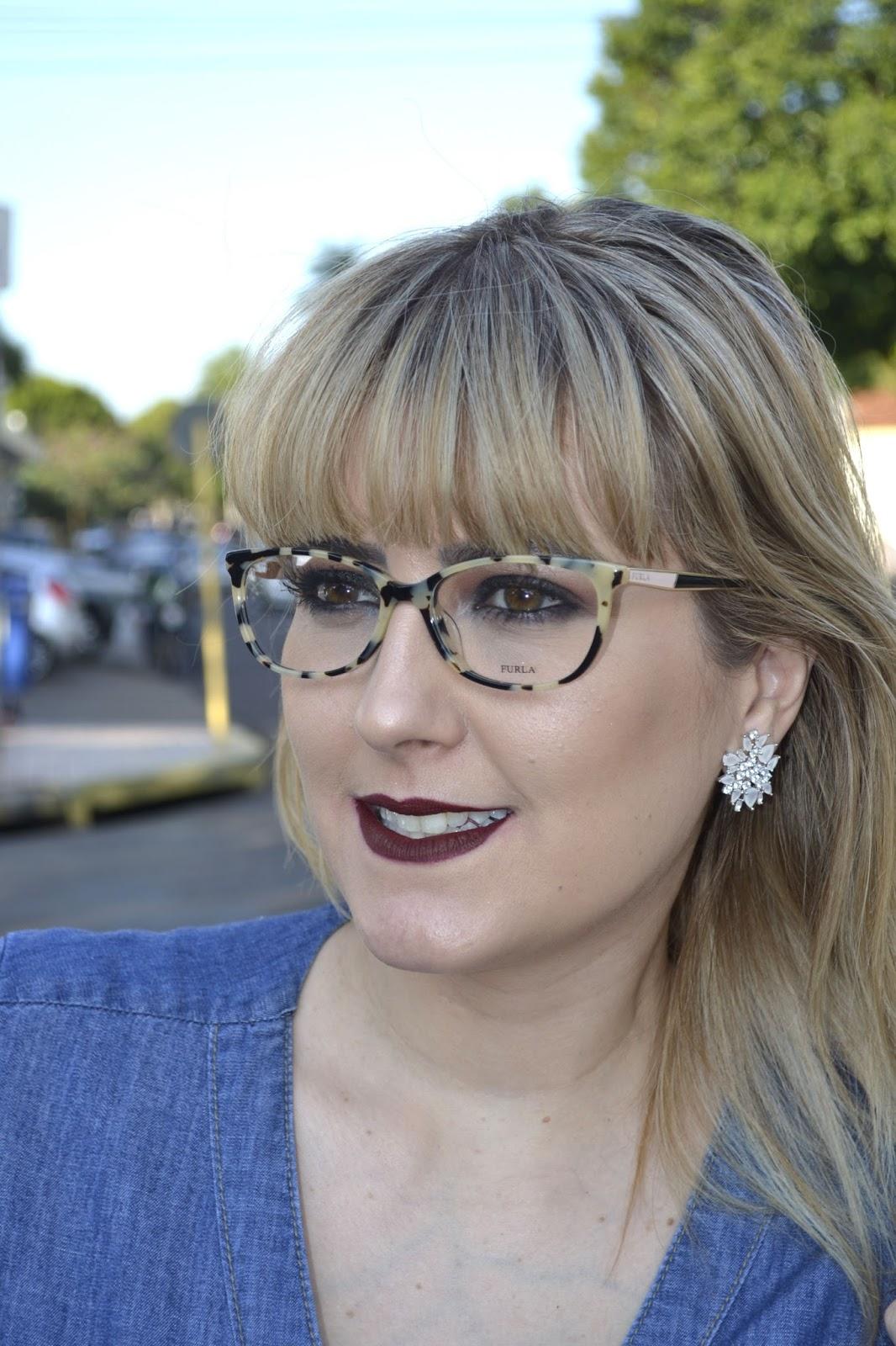 Armações para óculos de grau, super estilizadas e modernas, das marcas  Carolina Herrera, Police, Furla, Ana Hickman. 837512d866
