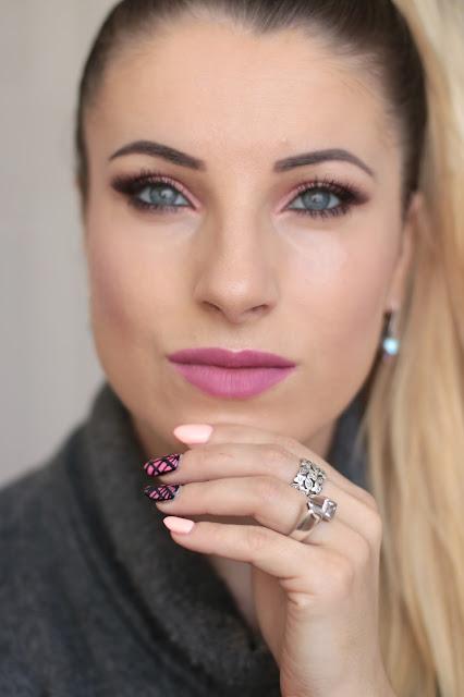 Opalizujący Róż z Brązem - Chocolate Vice Makeup