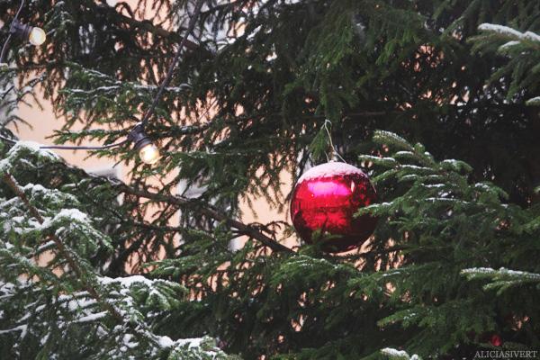 aliciasivert, Alicia Sivertsson, jul, christmas, x-mas, Gamla Stans julmarknad, Stortorget, julgranskula, julgran, christmas tree
