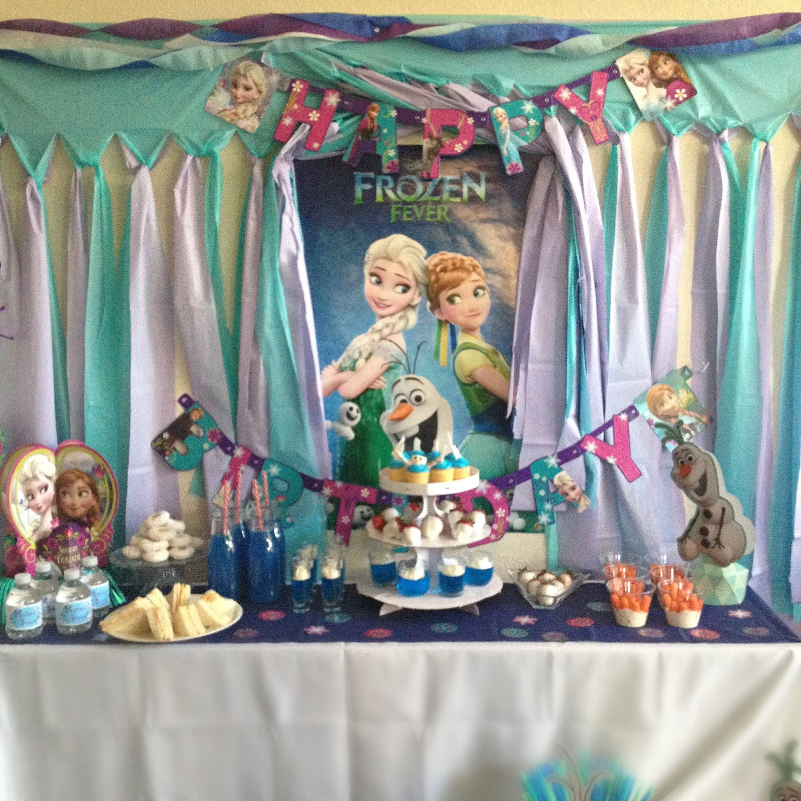 Frozen Birthday Party On A Budget The Pepper Express