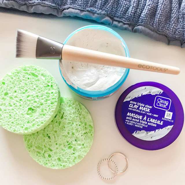Clean & Clear Acne Triple Clear Cleansing Clay Mask + EcoTools Facial Mask Mates