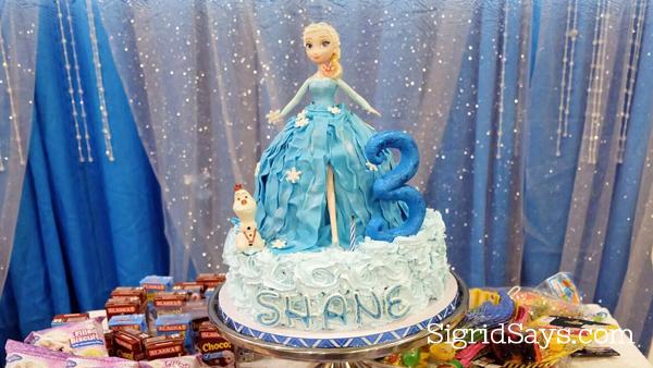 Elsa Doll Cake, Frozen cake