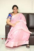Actress Raasi Latest Pos in Saree at Lanka Movie Interview  0284.JPG