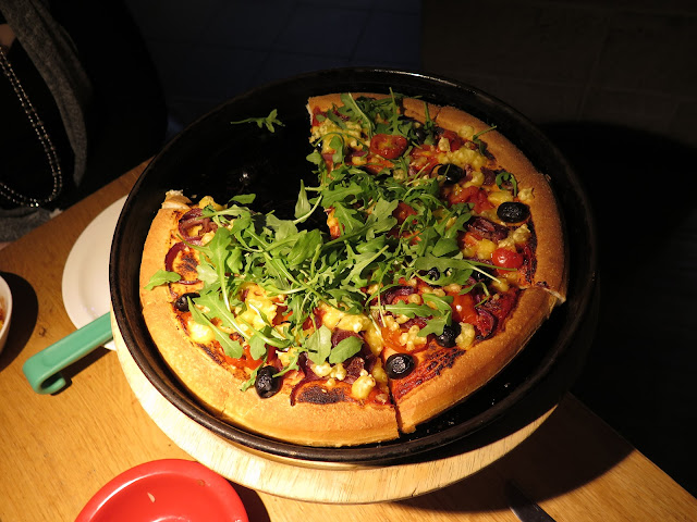 Vegan Pizza Hut, Heavenly Veg, Violife cheese