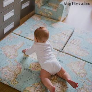 beneficio movimiento libre suelo bebé desarrollo psicomotricidad blog mimuselina colchoneta suelo mapamundi