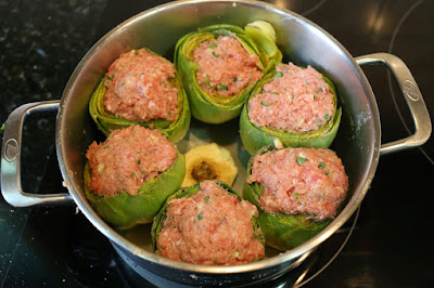 Preparación de alcachofas rellenas