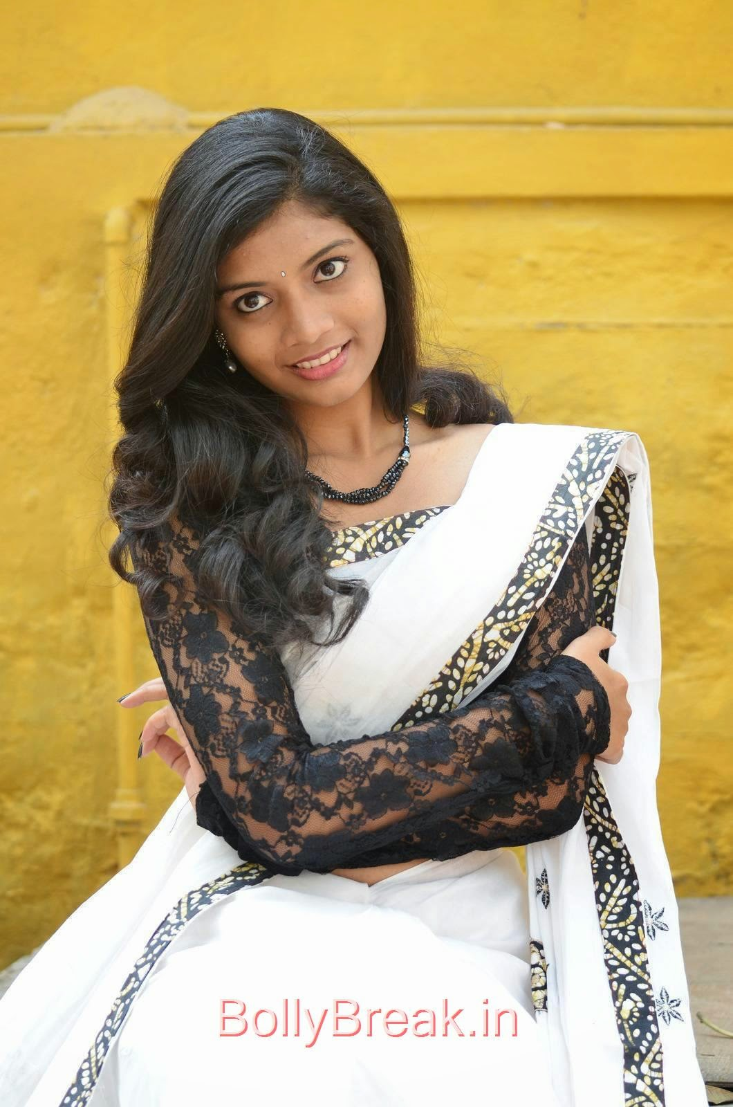 Telugu Actress Bindu, Bindhu Latest Hot Pics In White Saree