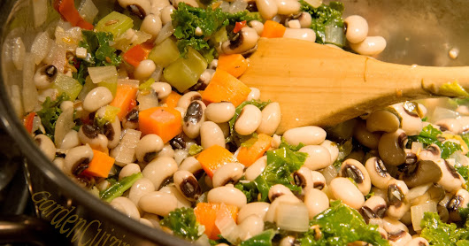 Just Peachy Hoppin John with Kale #GardenCuizine #HappyNewYear #GoodLuck #cowpeas @foodbankSJ @EatRight_NJ
