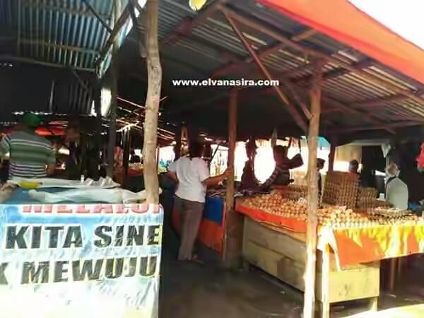 Pasar Sore di Pulau Baai Bengkulu