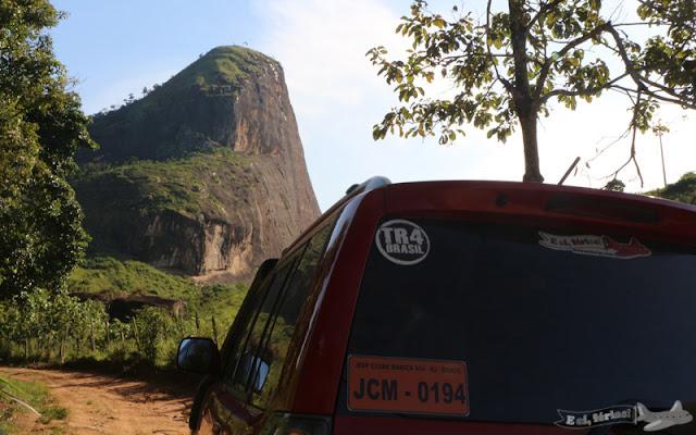 TR4 Deadpool chegando em Monte Serrat pelo Caminho Novo da Estrada Real. Linda paisagem.