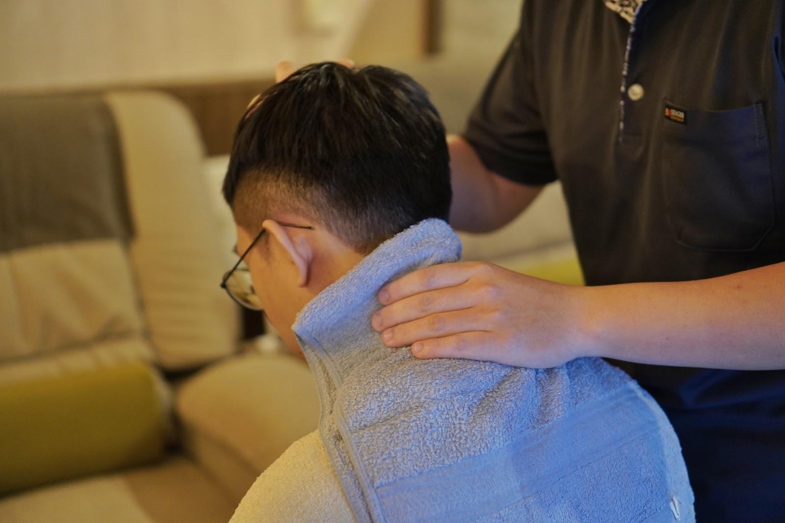 台南中西區按摩【綠海足體養生館】肩頸放鬆