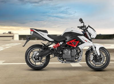 Benelli TNT 600i ABS right side pictures'