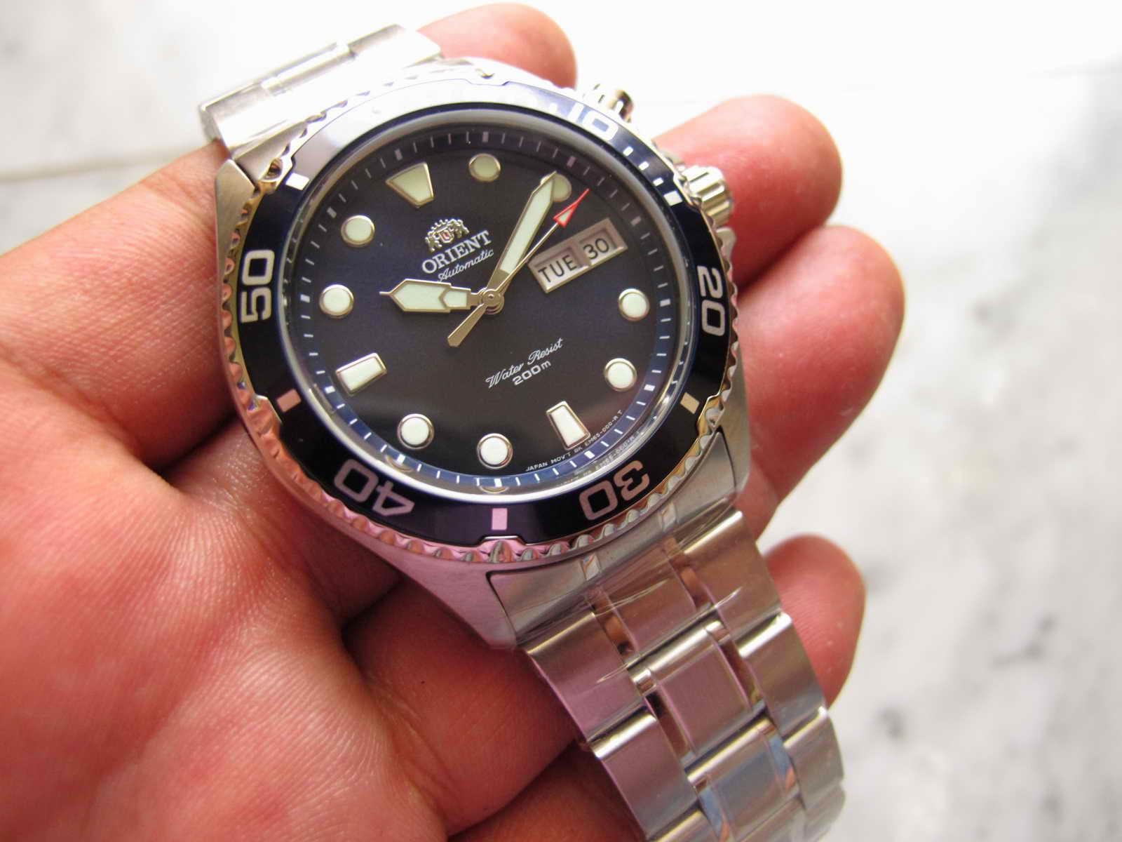Cocok untuk Anda yang sedang mencari jam tangan Diver Japan made...  terlihal simple 1ff45cf409