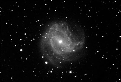 M83 - Barred Spiral Galaxy in Hydra  - 300 sec. exposure