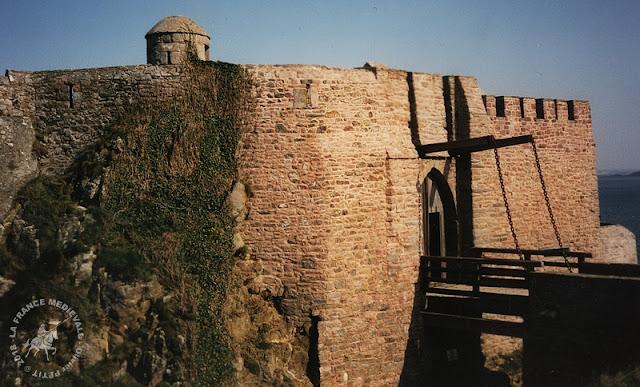 PLEVENON (22) - Château de Fort-la-Latte