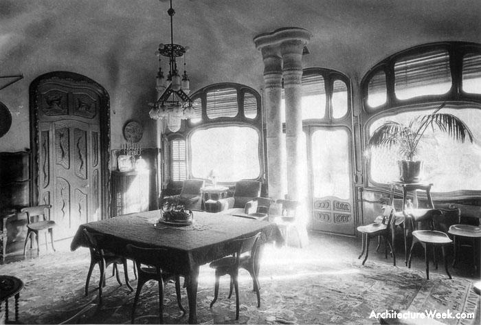 gaudi house interior - photo #5