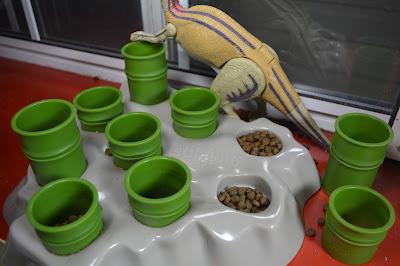 cat puzzle bowl
