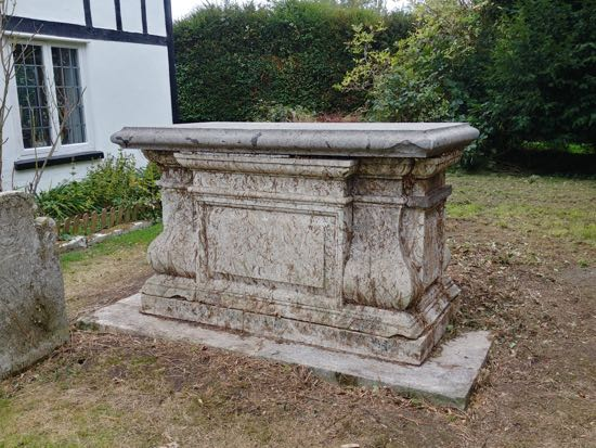 Photograph of The north side of the tomb - September 30, 2018  Image by the North Mymms History Project released under Creative Commons BY-NC-SA 4.0