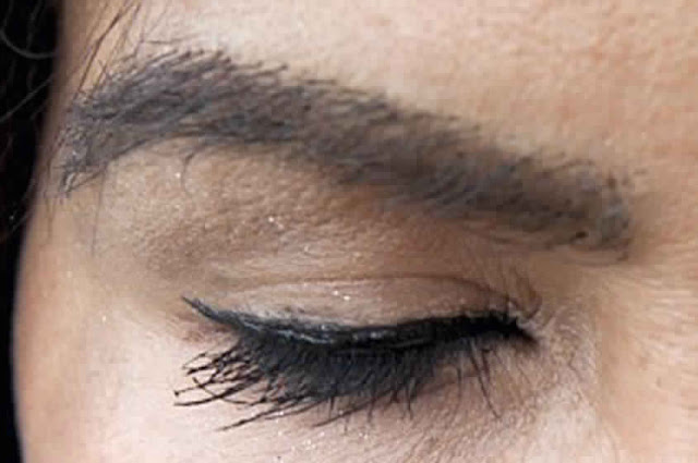 To intensify eyebrows and eyelashes