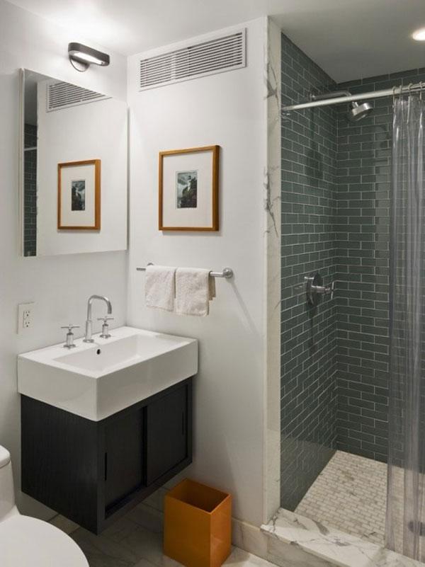 Hogares frescos 30 ideas para cuartos de ba os peque os y for Disenos de enchapes de banos