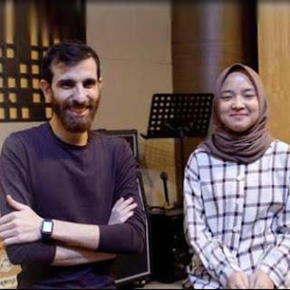 Download Lagu MP3 Video Clip Adam Ali & Nissa Sabyan - Al Barq Al Yamani