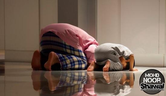 11 Tips Ajar Anak Rajin Solat