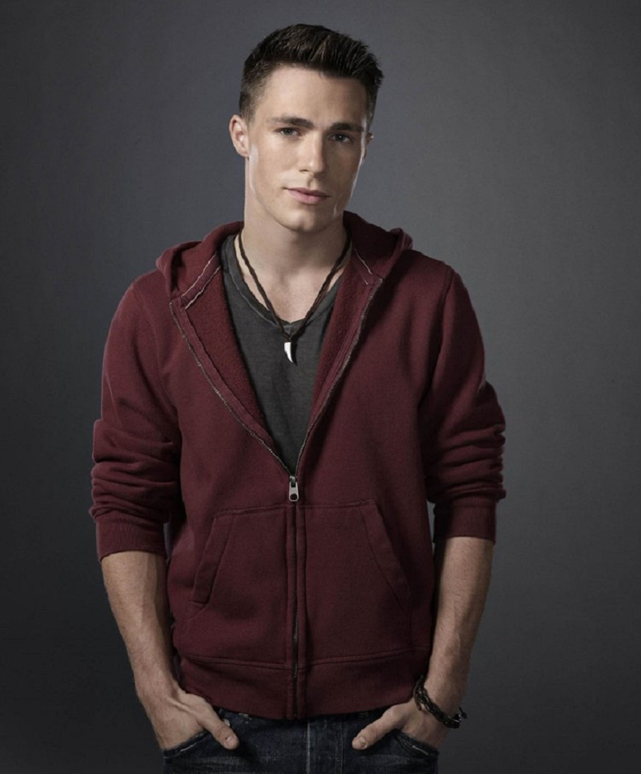 Man Central: Colton Haynes: In Casual Wear