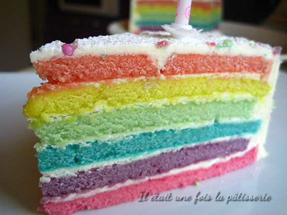 recette du rainbow cake ou g teau arc en ciel il tait. Black Bedroom Furniture Sets. Home Design Ideas