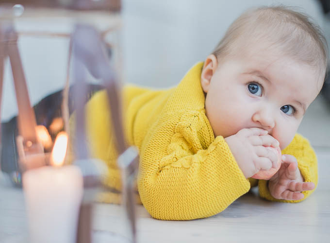 puolivuotisvalokuva, puolivuotias, valokuvaus turku, vauvakuvaus edullinen