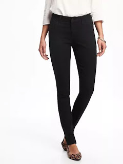 Skinny Jeans Outfit Ideas (Minimalist Wardrobe List: A 36 Piece Wardrobe)