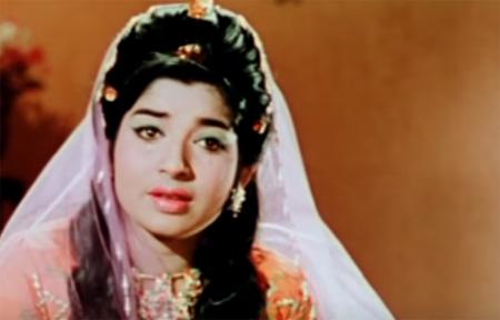 Jayalalitha Song: Unnai Naan Santhithen Ayirathil Oruvan