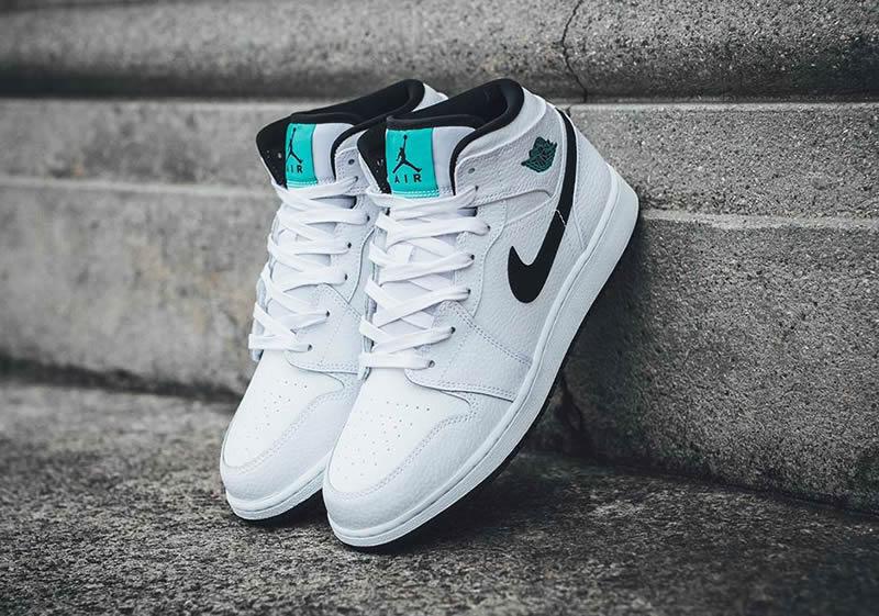 f9f10520832 AnpKick Brand Street Footwear: Air Jordan 1 Mid GS Womens 'Hyper Jade' AJ1  Black/White/Green 554725-122