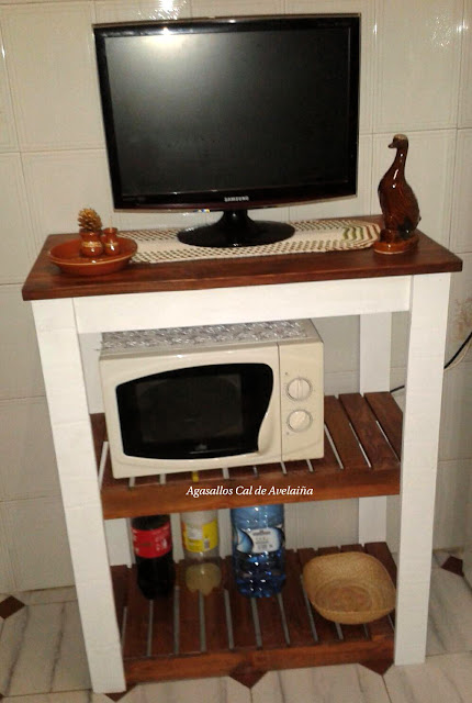 Pallet TV and microwave stand