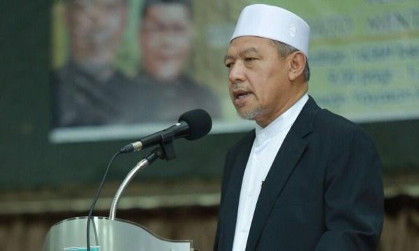 BACA! PBT Kelantan Keluar Undang-Undang Terbaru Buat Bukan Mahram Bonceng Motosikal, Berkeliaran Waktu Maghrib