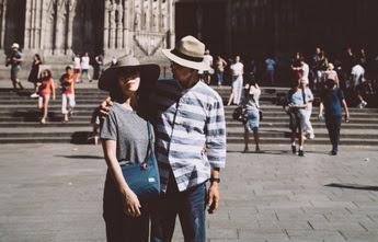 10 Kalimat Mesra Untuk Pasangan Yang Sedang LDR