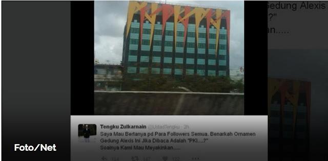 "Ustad Tengku Zulkarnain: Benarkah Ornamen Alexis Bisa Dibaca ""PKI""?"