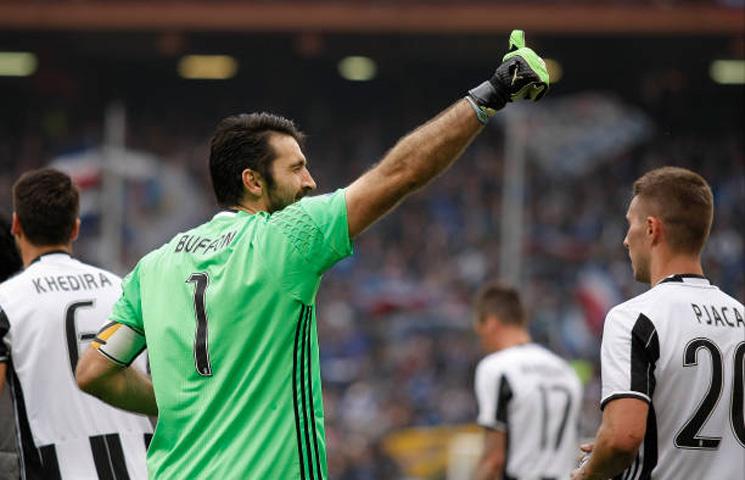 """Buffon: """"Čast je ovako dugo nositi dres Juventusa"""""""