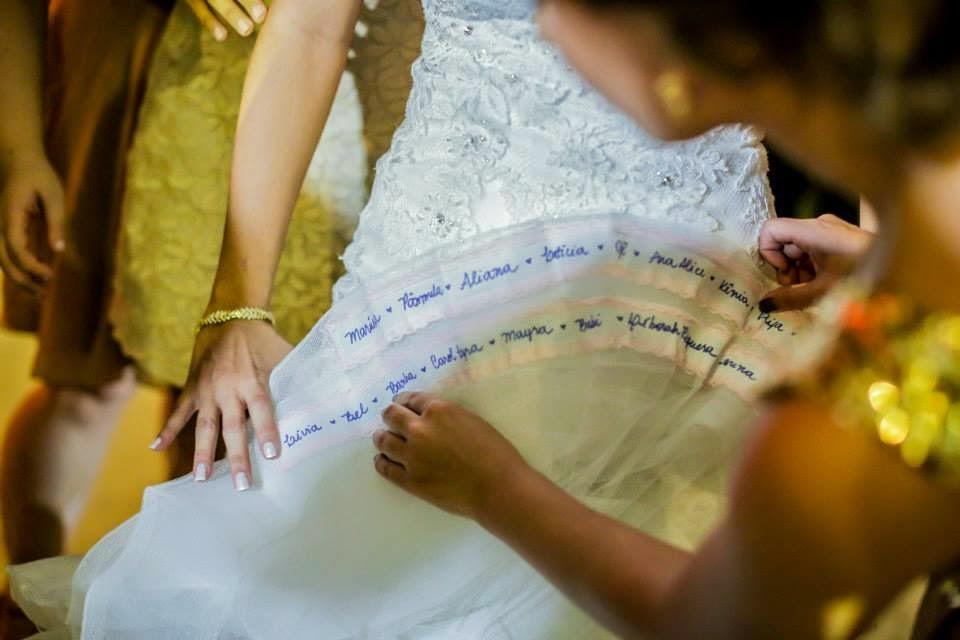casamento-lindo-singelo-luzinhas-festa-barra-vestido-noiva-nome-solteiras
