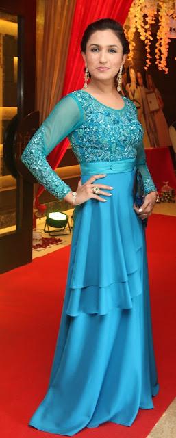 Mekeup Artist Aashmeen Munjaal