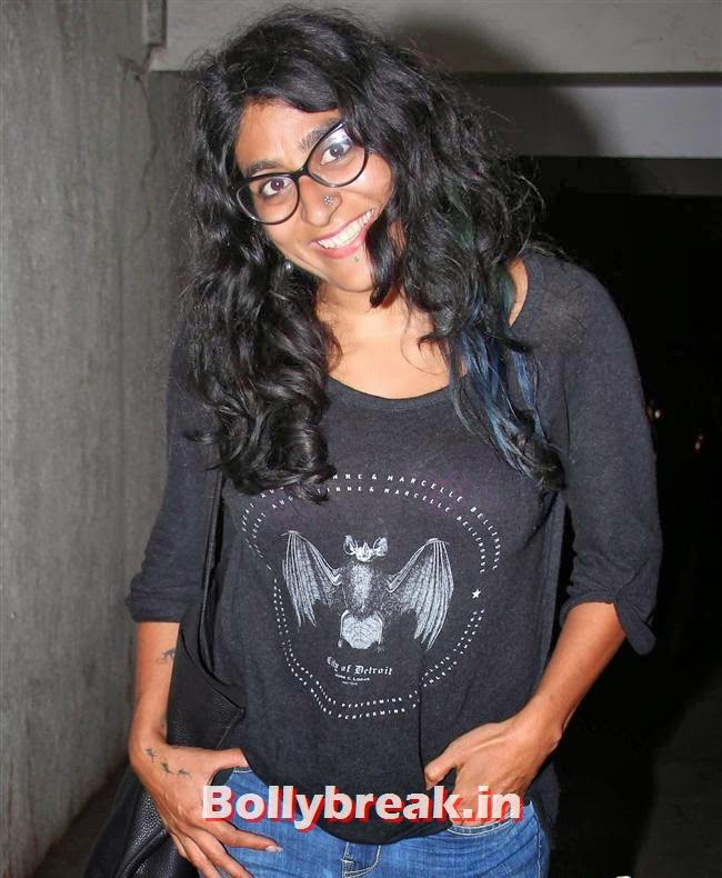 Niharika Khan, Amitabh Bachchan at Bhoothnath Returns Special Screening
