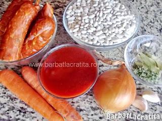 Mancare de fasole cu carnati - toate ingredientele retetei